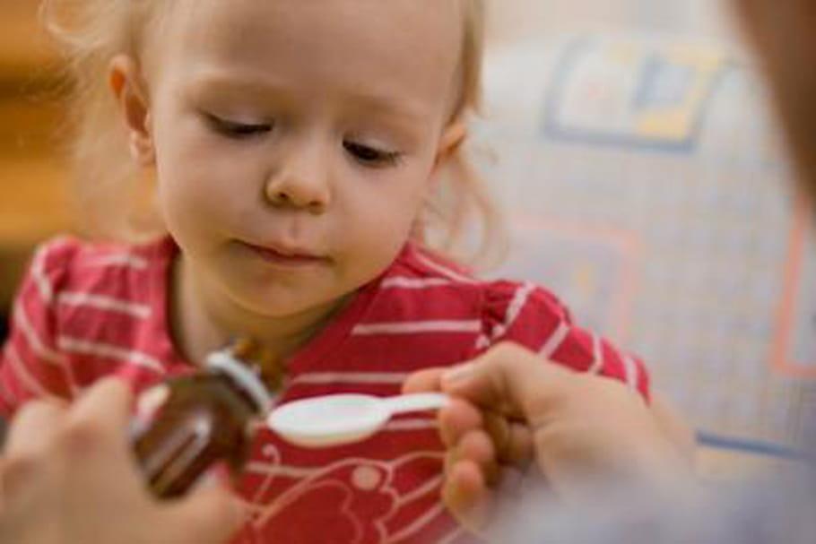 Les antibiotiques feraient augmenter le risque de surpoids chez l'enfant