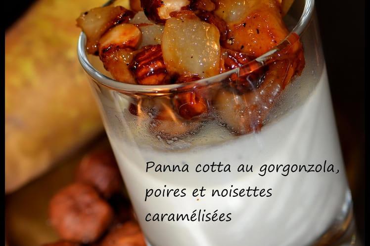 Panna cotta au gorgonzola, poires et noisettes