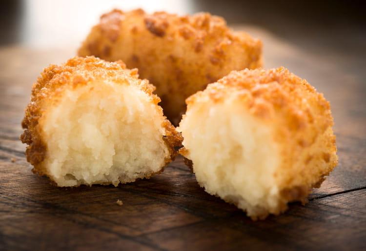 recette de croquettes de pommes de terre au cheddar la recette facile. Black Bedroom Furniture Sets. Home Design Ideas