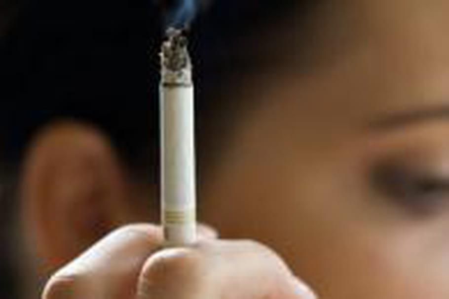 Le tabac accélère le vieillissement du cerveau
