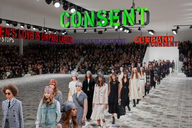 Les silhouettes du défilé Dior automne-hiver 2020-2021