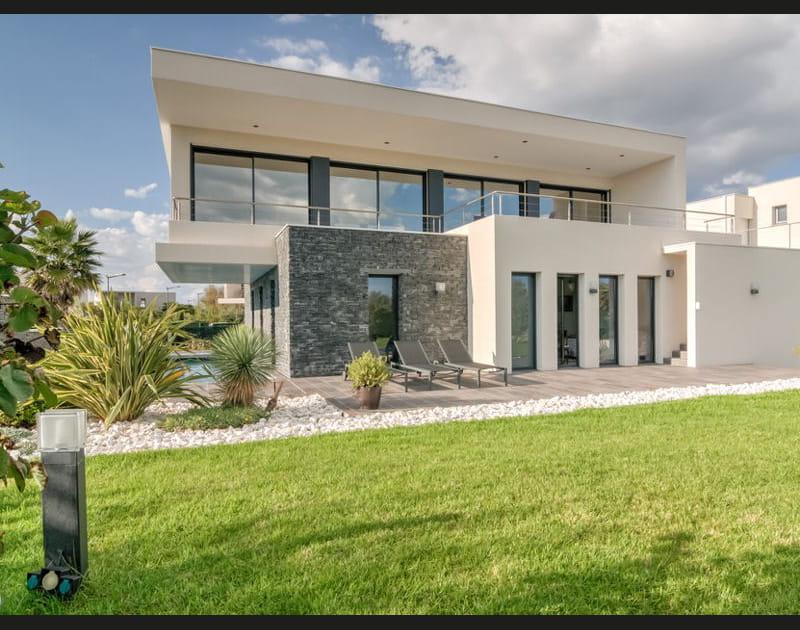Maison avec pierre de parement