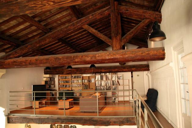 Un salon en mezzanine