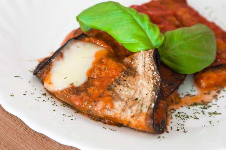 Roulés pannequets d'aubergines, tomates et mozzarella
