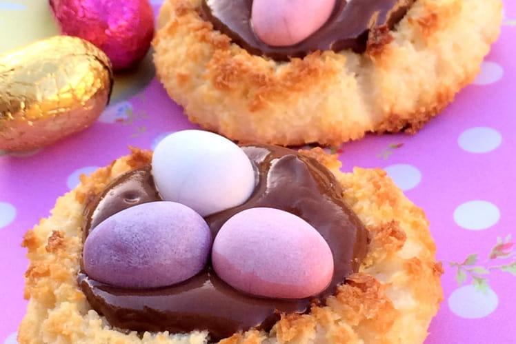 Macaron coco et pâte à tartiner en nids de Pâques