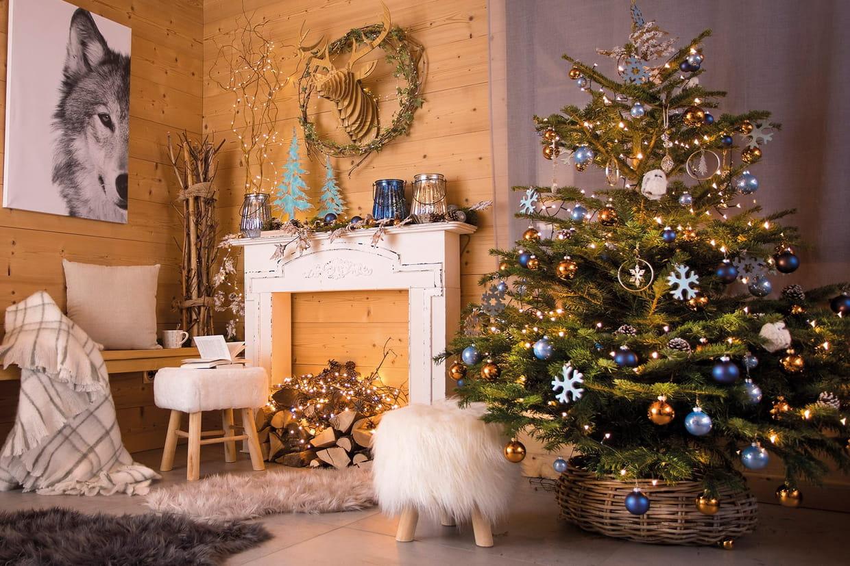 Comment Fixer Un Sapin De Noel comment décorer un sapin de noël ?