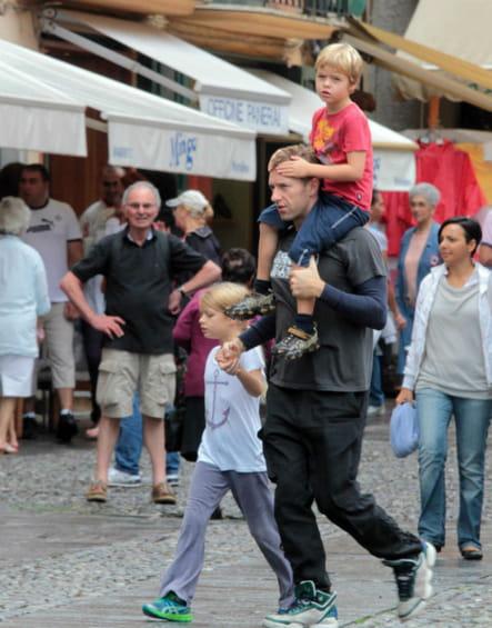 Chris Martin et ses enfants à Portofino