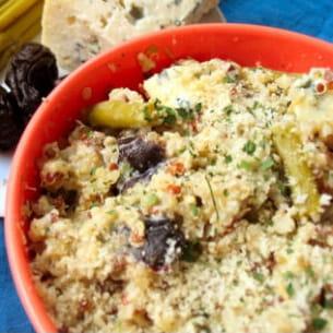 quinoa aux apserges; pruneaux et fourme d'ambert