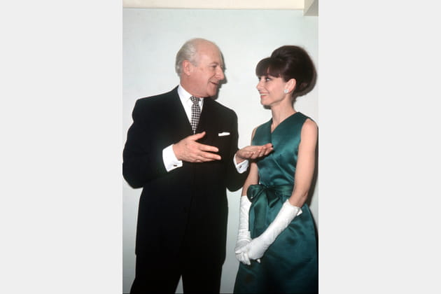 Audrey Hepburn en robe portefeuille