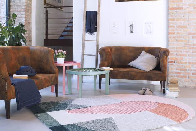 Tapis Sottoportico Rug par Seraina Lareida pour Portego