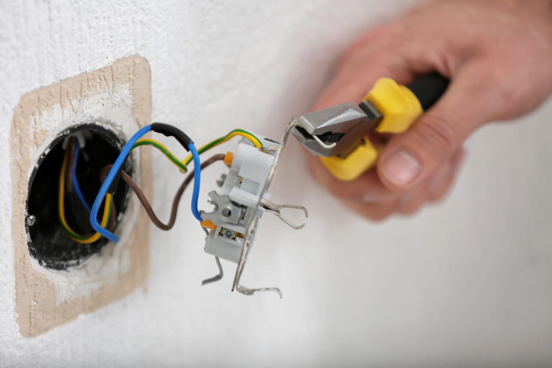 Connaître les codes couleurs des fils électriques