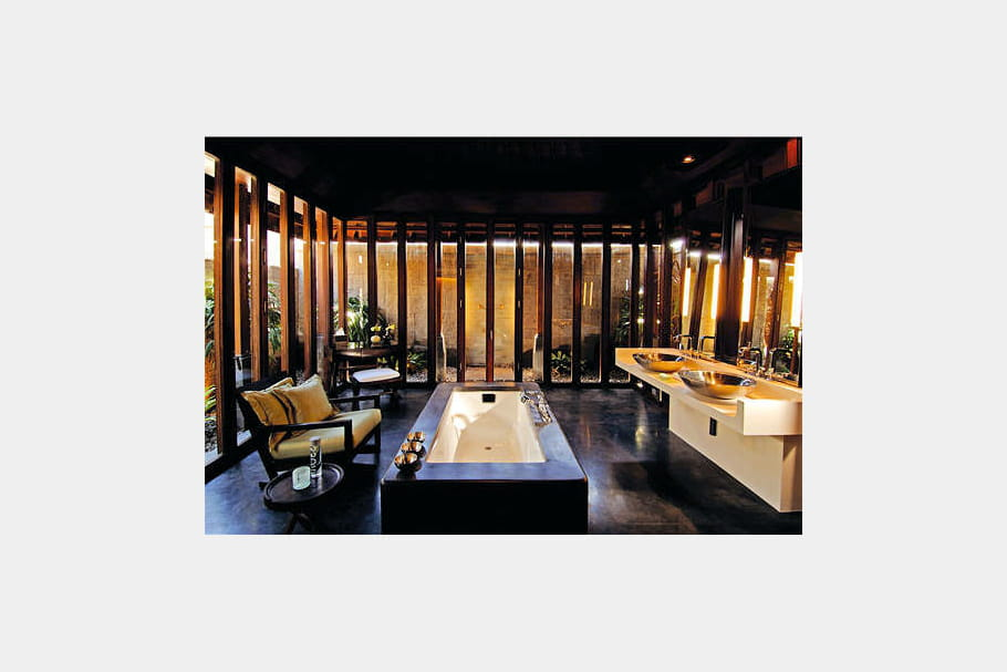 Une salle de bains de luxe