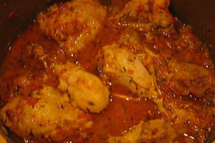 Cari de poulet aux tomates