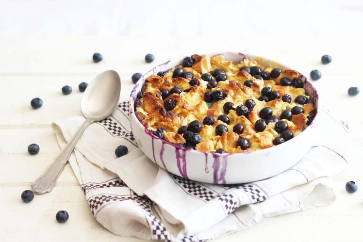 Bread pudding aux myrtilles