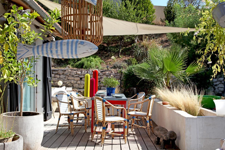 une salle manger l 39 ambiance bistrot. Black Bedroom Furniture Sets. Home Design Ideas