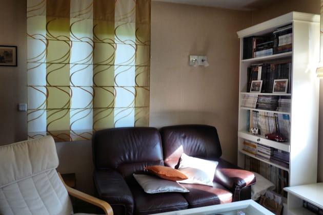 Le canapé du salon : avant
