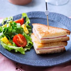 croque monsieur façon minis clubs sandwich à l'ananas caramélisé