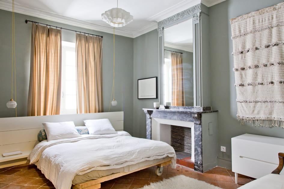 Une chambre qui met le tapis au mur (et non l'inverse)