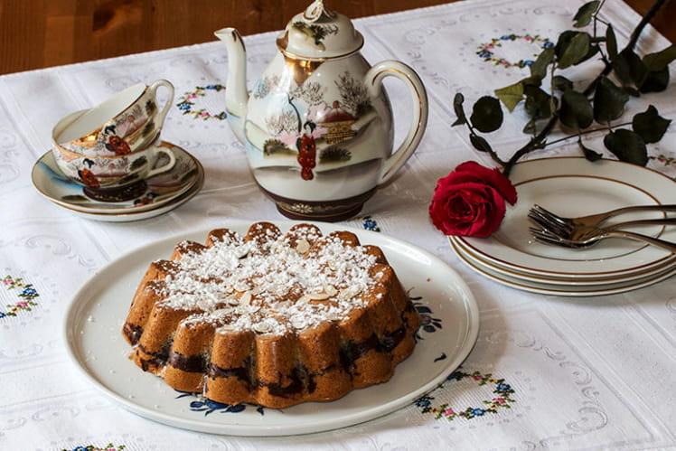 Gâteau aux blancs d'oeufs et crème au chocolat