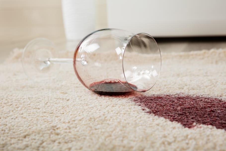 Comment enlever une tache de vin?