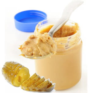 beurre de cacahuètes et cornichon