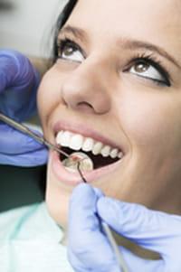 Des dentistes à domiciles pour les personnes âgées et/ou handicapées