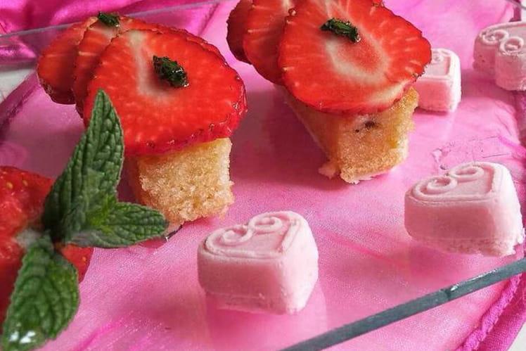 Gâteau au carpaccio de fraises et menthe