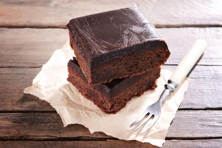 recette de g teau au chocolat au thermomix la recette facile. Black Bedroom Furniture Sets. Home Design Ideas