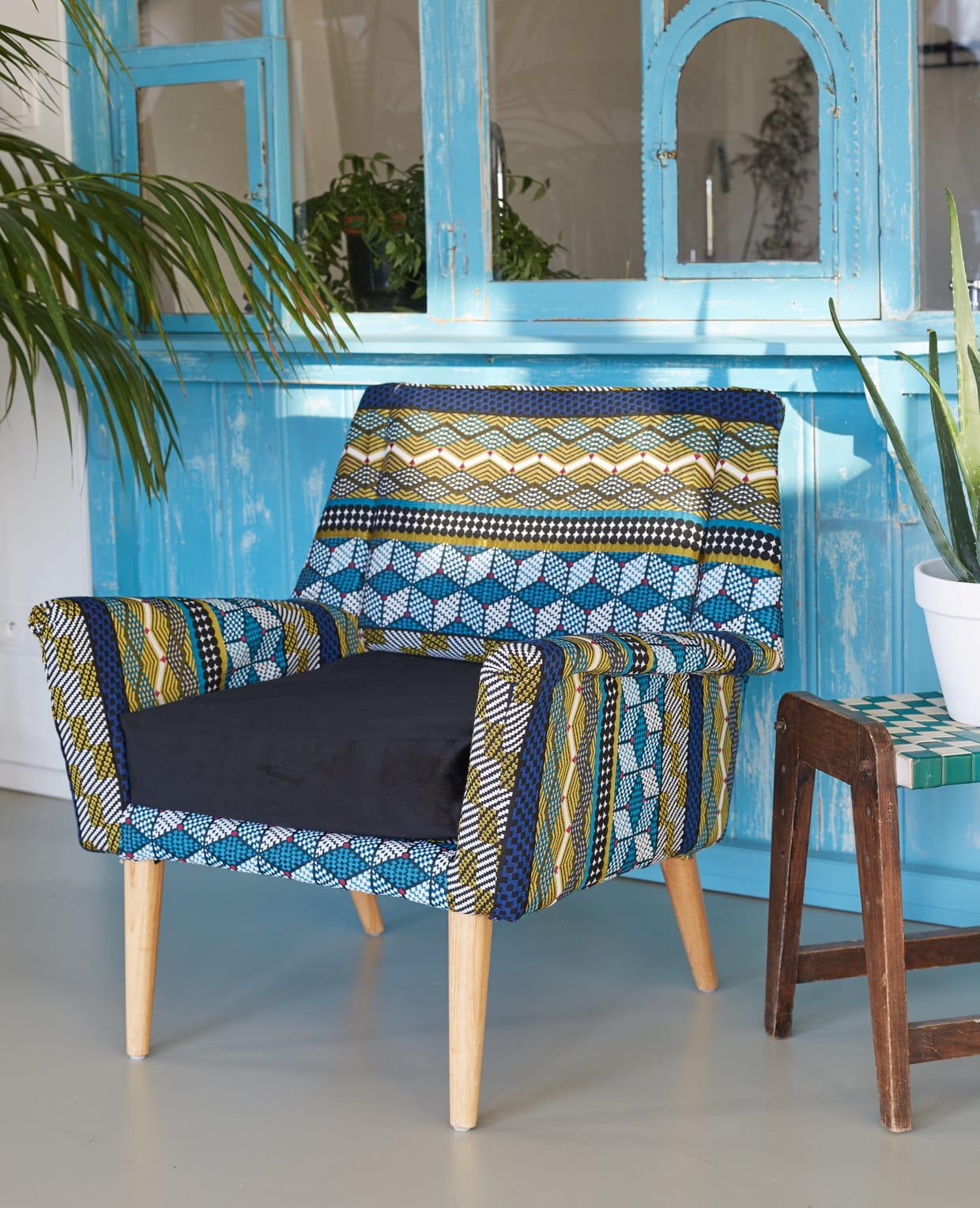 tissu jacquard kinshasa par mondial tissus. Black Bedroom Furniture Sets. Home Design Ideas