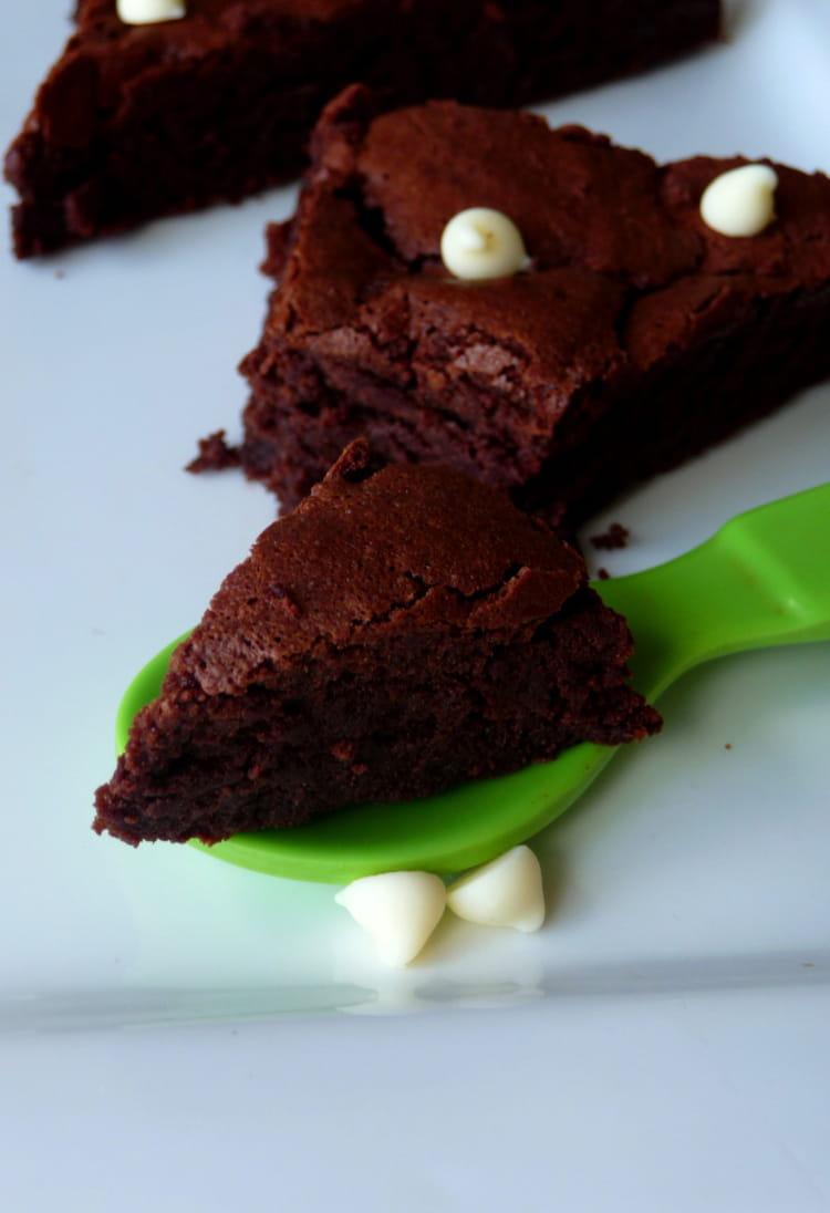 Recette ultra fondant au chocolat sans farine la recette facile - Recette facile a faire sans four ...