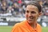 Stéphanie Frappart, femme arbitre de foot en première ligne