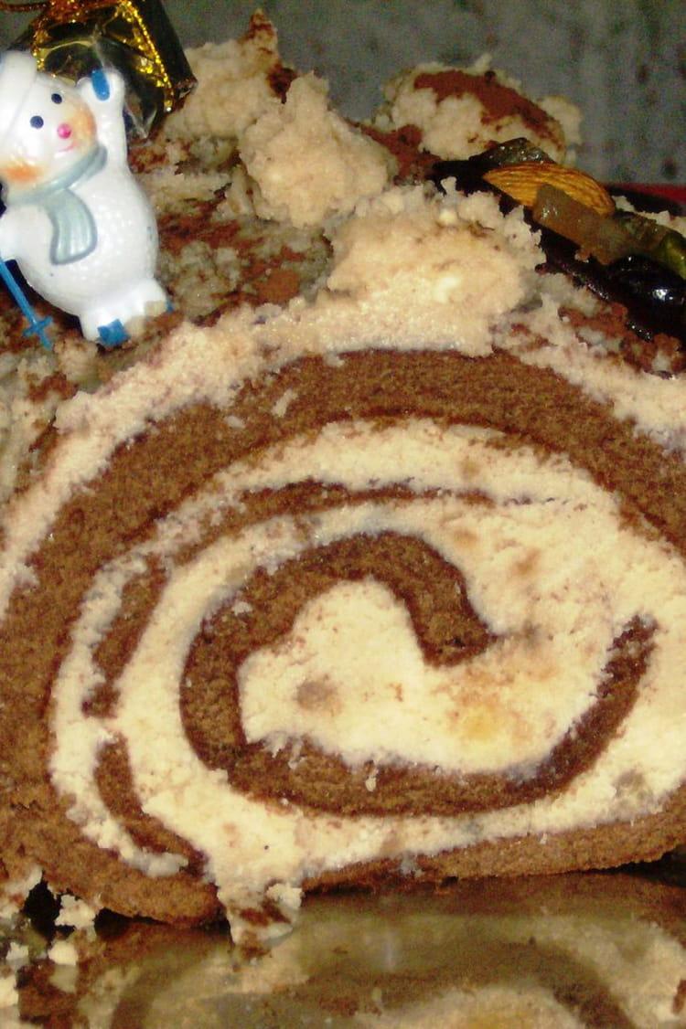 Recette de b che aux marrons glac s la recette facile - Buche de noel facile et legere ...