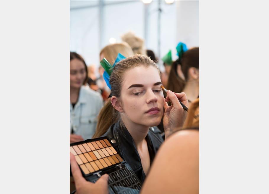 Monique Lhuillier (Backstage) - photo 2