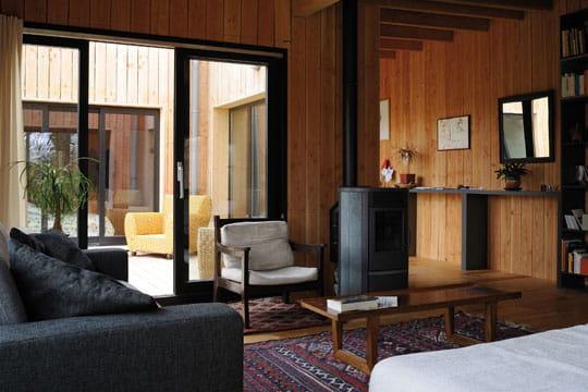 aupr s du po le pellet. Black Bedroom Furniture Sets. Home Design Ideas