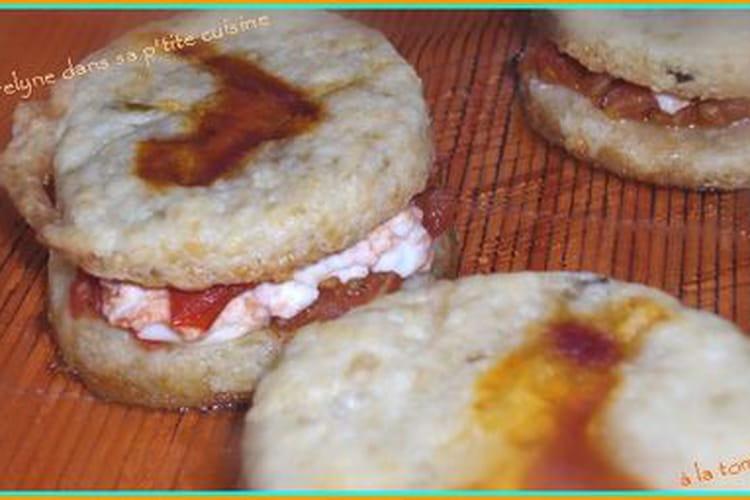 Mini burger à la tomate et au fromage de chèvre