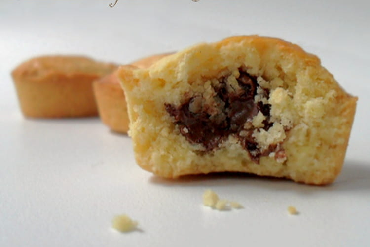 Biscuits sablés fourrés au nutella