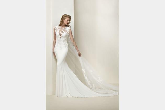 Robe de mariée Drail de Pronovias