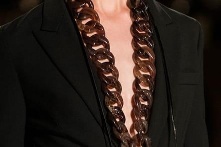 Givenchy (Close Up) - photo 18