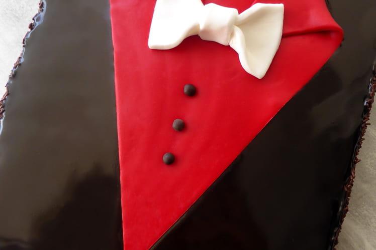 Gâteau au chocolat « smoking » spécial fête des pères