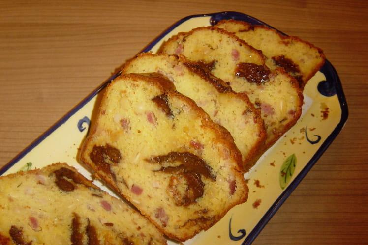 Le Journal Des Femmes Cake Lardons Pruneaux Et Pignons
