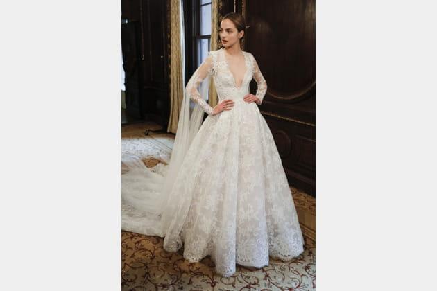 Robe de mariée élégante, Monique Lhuililer