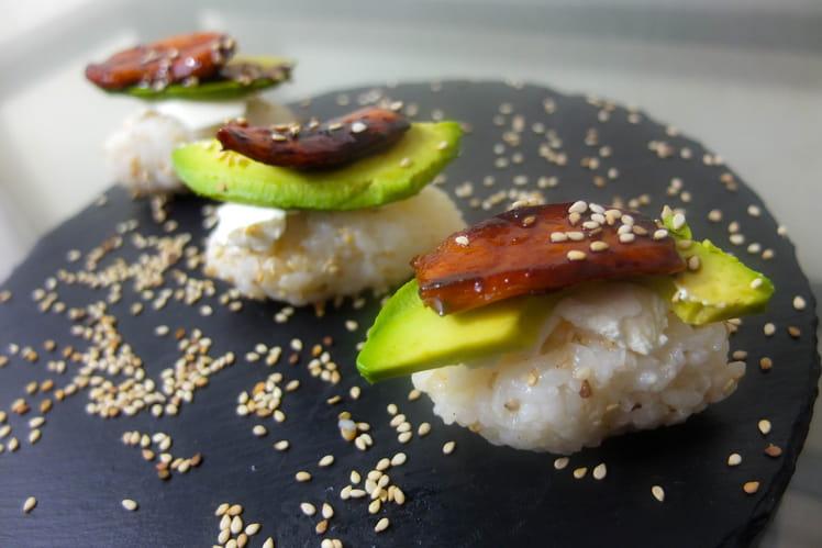 Sushi poulet caramélisé au Melfor, avocat, saint môret et sésame