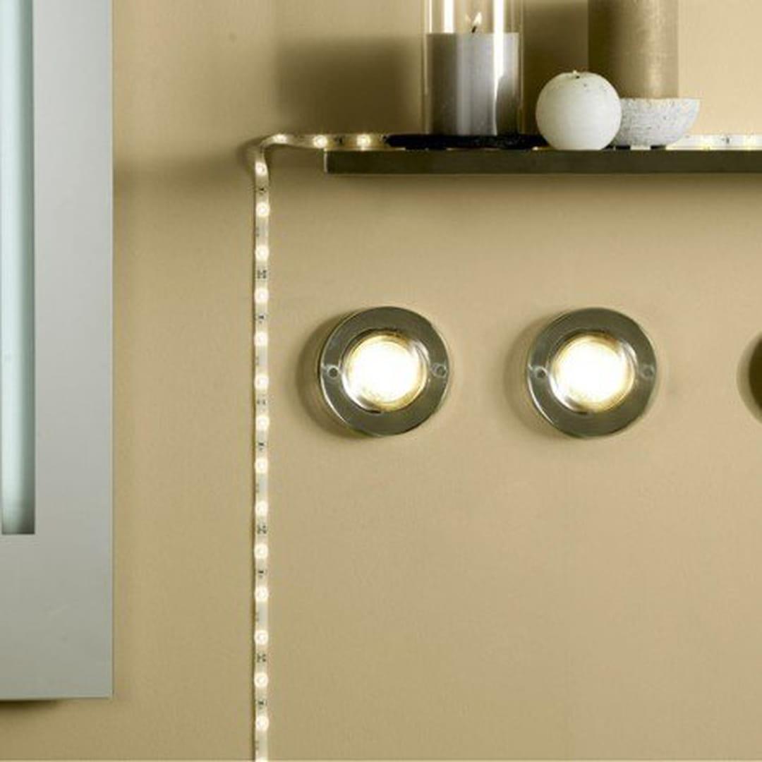 comment clairer la salle de bains. Black Bedroom Furniture Sets. Home Design Ideas