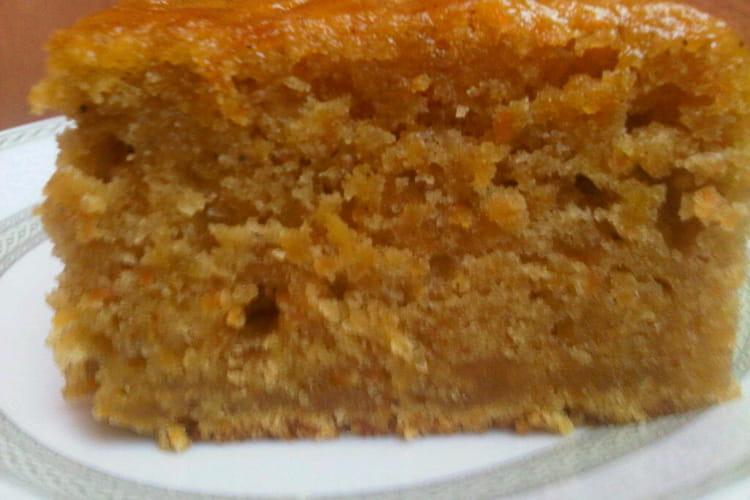 Cake aux carottes et à la canelle