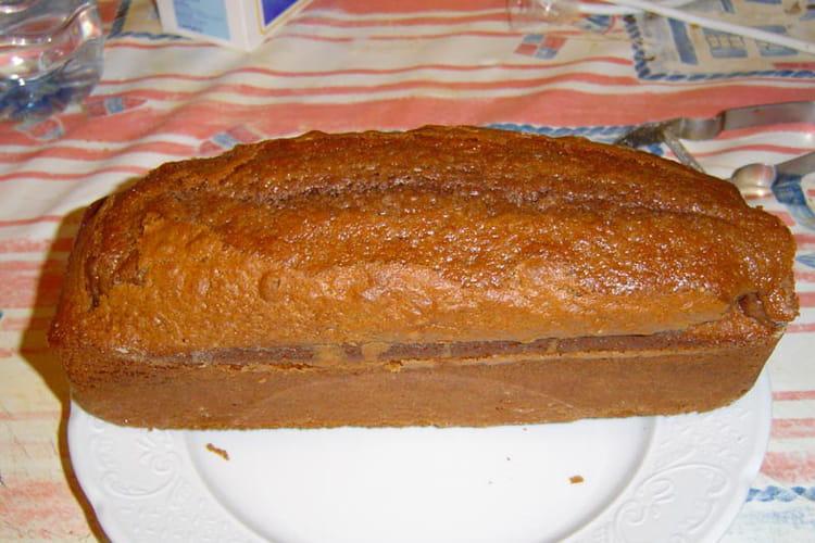 Gâteau au chocolat, amandes et cannelle