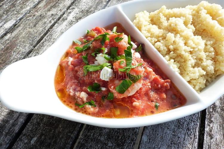 Crevettes Saganaki aux oignons, ail, feta, tomates et Ouzo