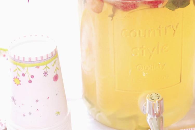 Citronnade à la fraise, detox water