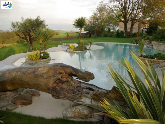 La plage de piscine, une déco de jardin paradisiaque