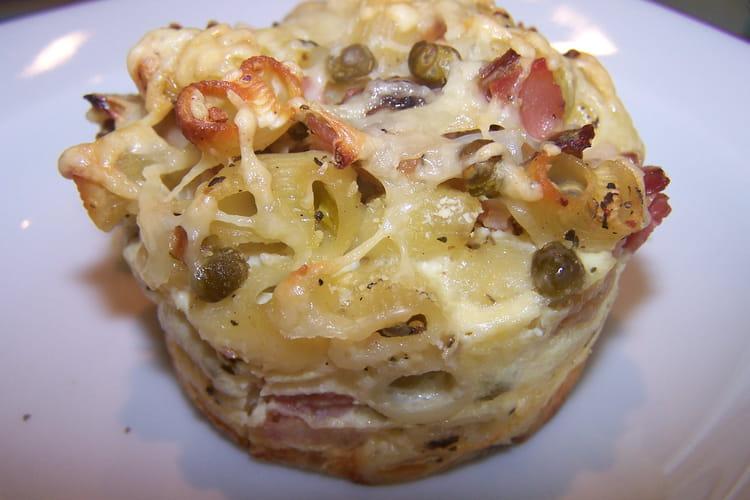 Muffins jambon, pâtes et légumes