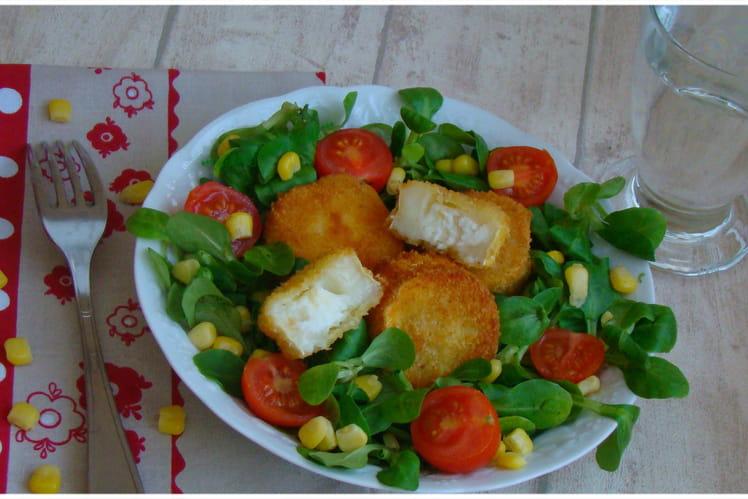 Salade croustillante au chèvre chaud